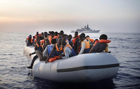 migration rescue mission italian navy