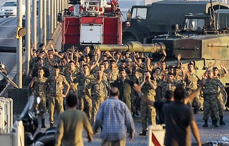 turkey coup attempt soldiers surrender